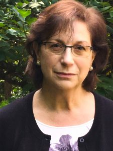 Leslie Kay.