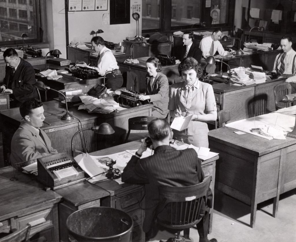 The Plain Dealer city room in 1947. The PD's daily circulation stood at 220,618 two years earlier, ranking it the second highest among Cleveland's three daily newspapers. The Cleveland Press led in daily readers, and the News ranked third.* Cleveland Public Library Photograph Collection.