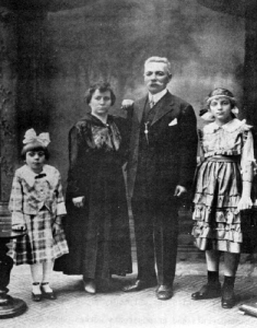 Dumitru Barza and Family: Tavern keeper to whose tavern hundreds of Romanian immigrants came for first help early in the 1900's.